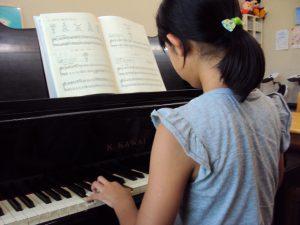 ピアノレッスンの様子6年生